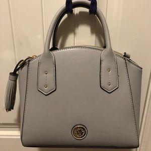 Grey Anne Klein's handbag